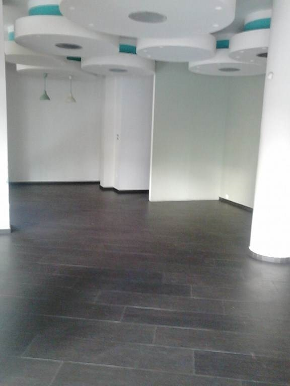 (For Rent) Commercial Commercial Property || East Attica/Gerakas - 260 Sq.m, 1.800€